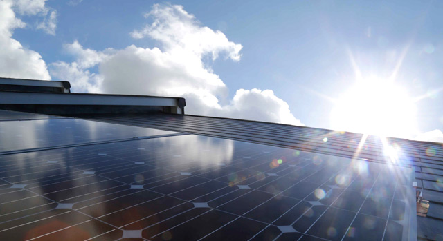 Rooftop solar panels reduce environmental impact